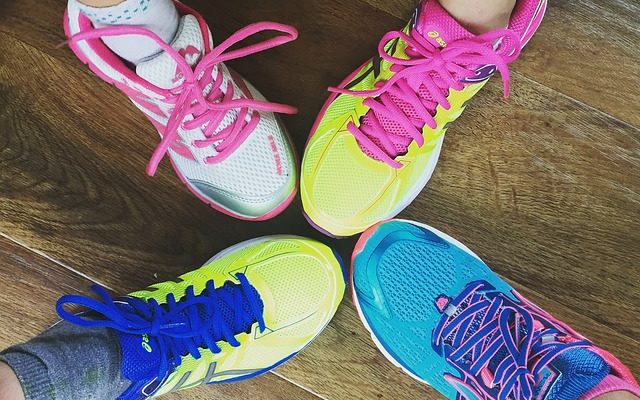 best wide toe box running shoes